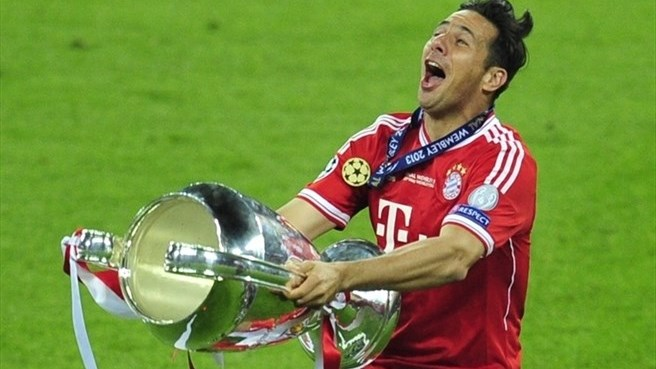 Pizarro elated at new Bayern deal