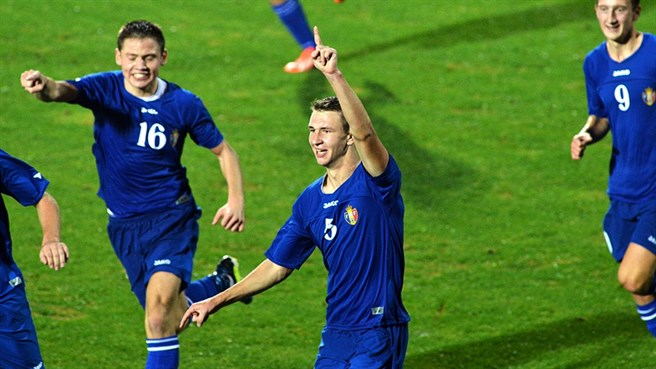 Finland lose top spot after Moldova defeat