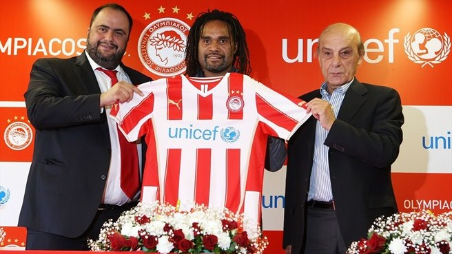 Olympiacos link up with UNICEF