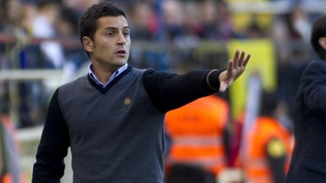 Almería stick with coach Francisco