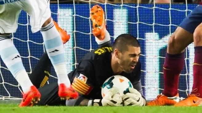 Valdés knee injury puts paid to season