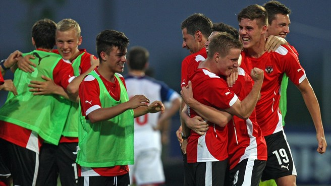 Austria deny Russia on goal difference