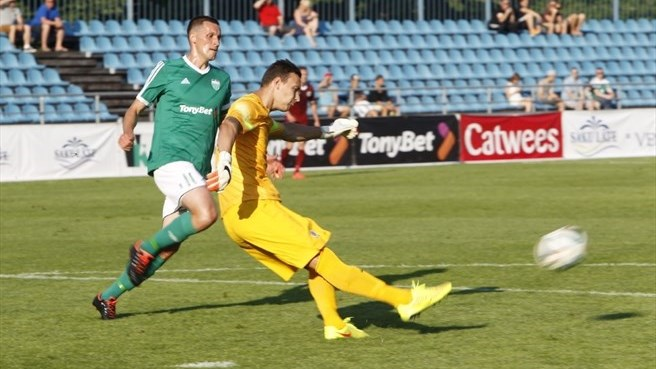 Levadia restore pride with Sparta draw