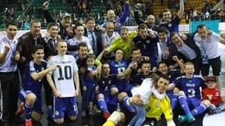 Azerbaijan, Kazakhstan, Spain into World Cup