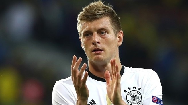 Kroos happy to play role of provider for Germany