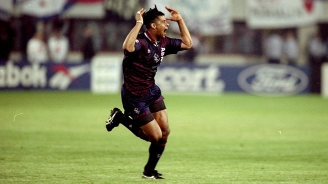 1994/95: Kluivert strikes late for Ajax