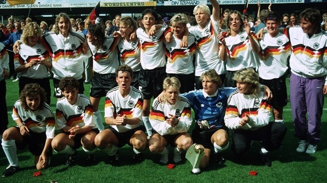 1991: Dominant Germany stride on