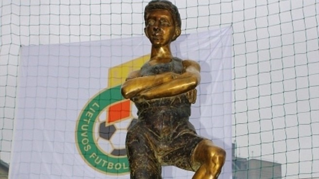 First statue dedicated to Lithuanian football