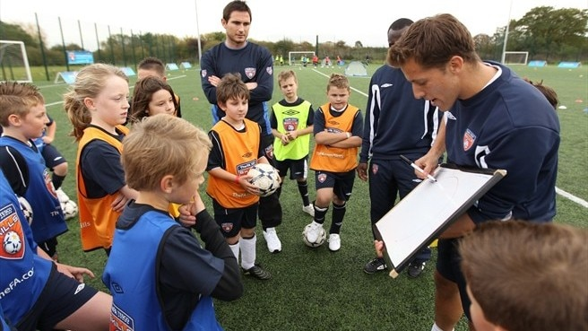 Lampard gives skills programme thumbs up
