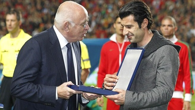 Figo, Hjelm and Sedloski receive 100-cap awards
