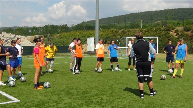 Good start for women coaches in Hungary