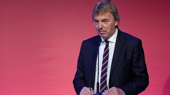 Boniek re-elected in Poland