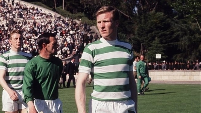Billy Mcneill 1967 Billy Mcneill Leads Out The