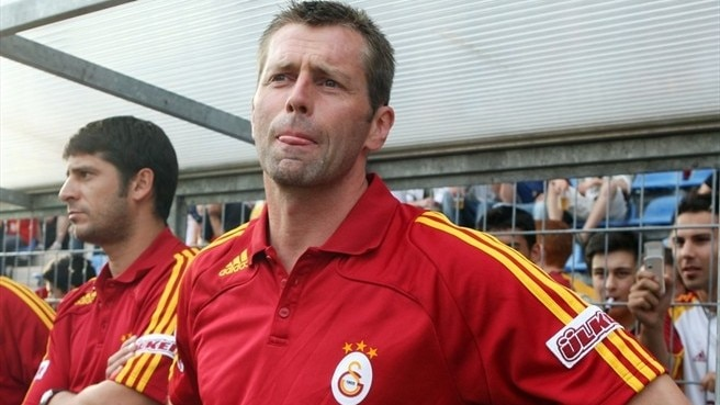 Korkmaz replaces Skibbe at Galatasaray