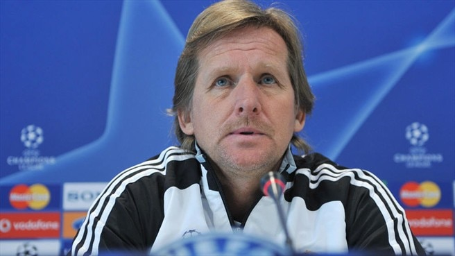 Schuster seeks to turn tables on Juve