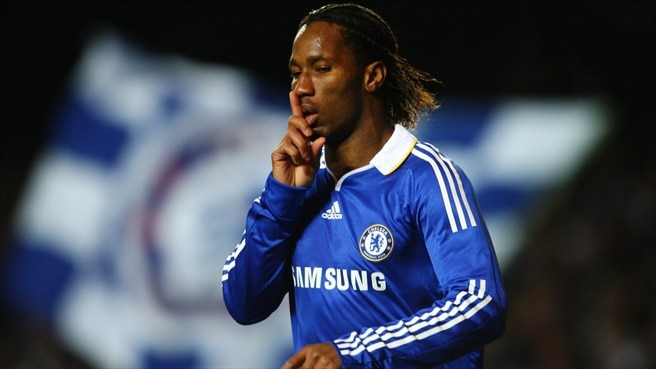 Drogba returns to seal Chelsea passage