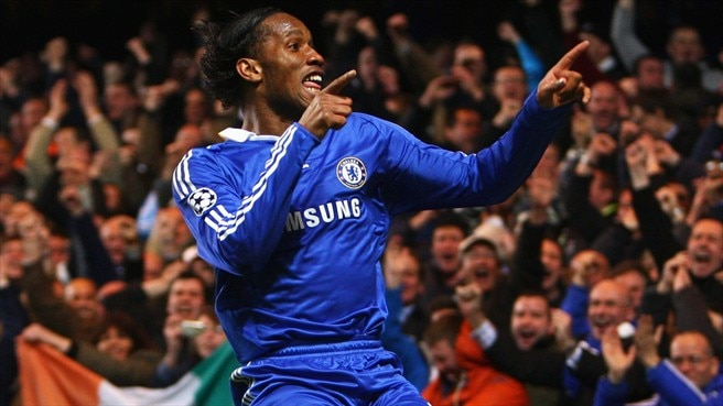 Drogba puts Chelsea in pole position