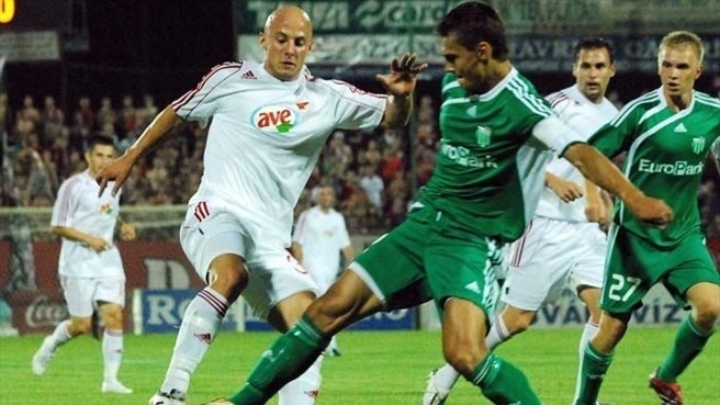 Levadia lose out to Debrecen