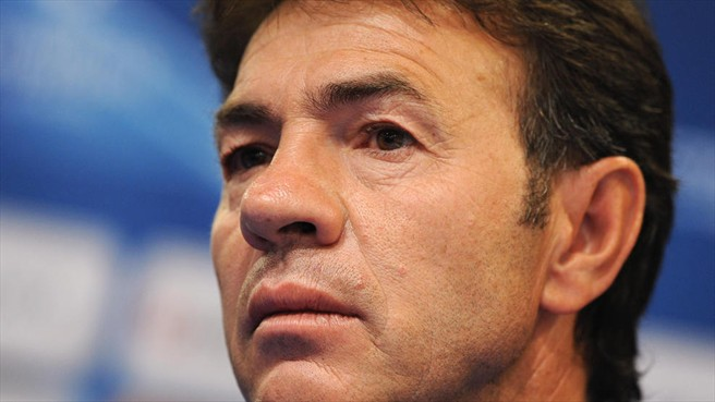 Resino replaces Fabri at struggling Granada