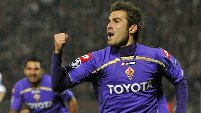Mutu shines as Viola edge thriller