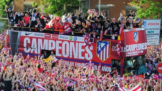 Fans turn out to serenade victorious Atlético
