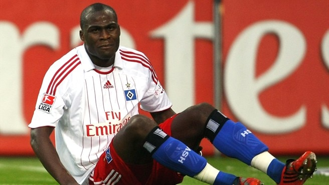 Demel hangs on to Hamburg dream