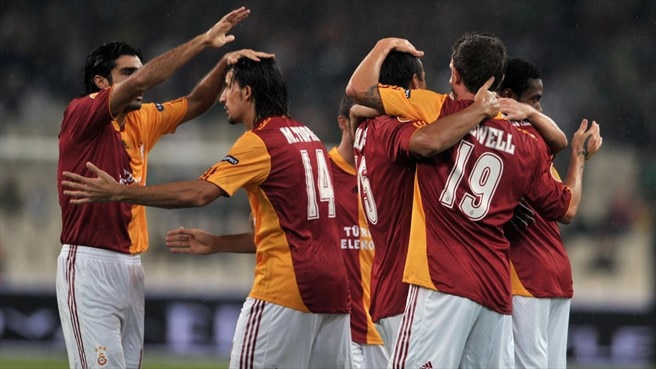 Galatasaray stroll to victory in Athens
