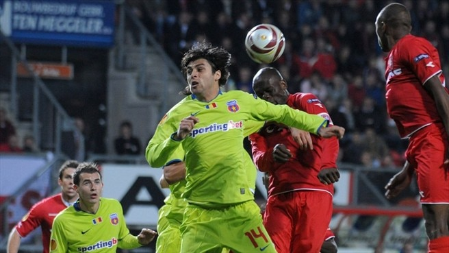 Twente denied in Steaua stalemate
