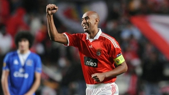 Luisão cautions soaring Eagles