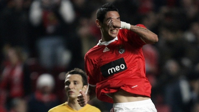 Di María at the double for Benfica