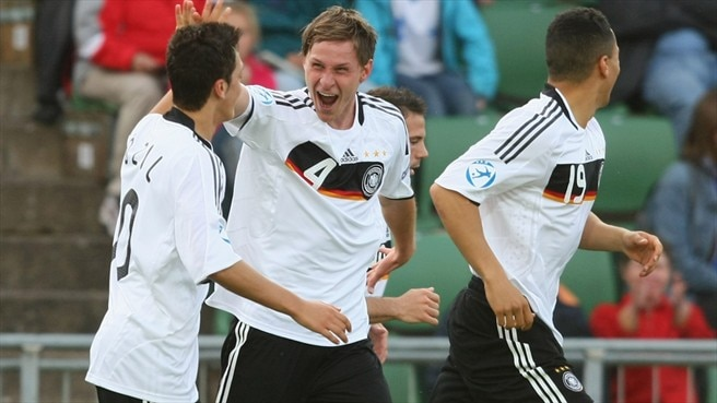 Clinical Germany end Finland hopes