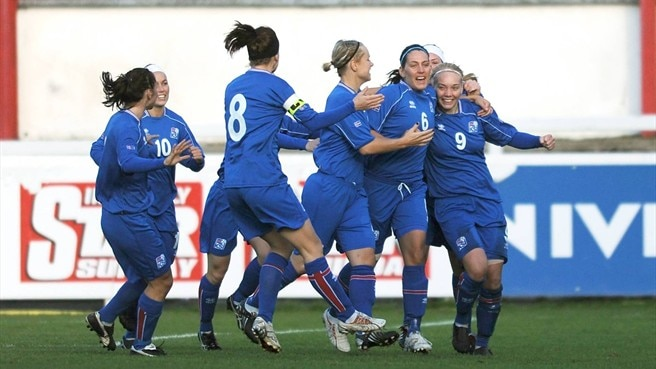 Iceland advance to Finland finals