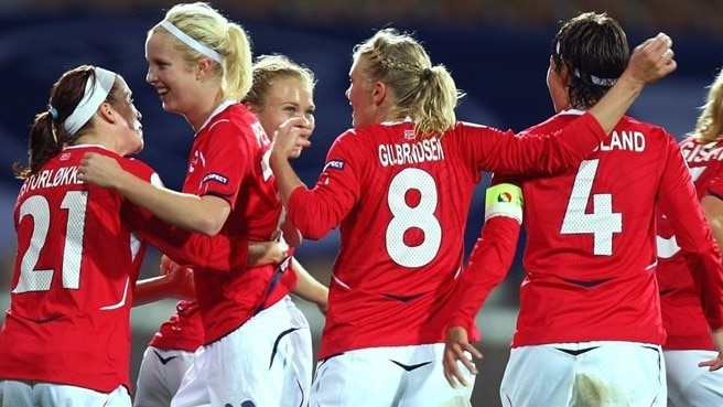 Sweden and Denmark meet in play-offs