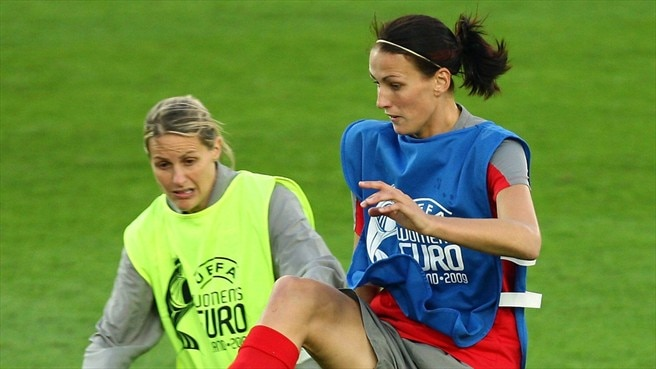 Kelly Smith & Jill Scott (England)