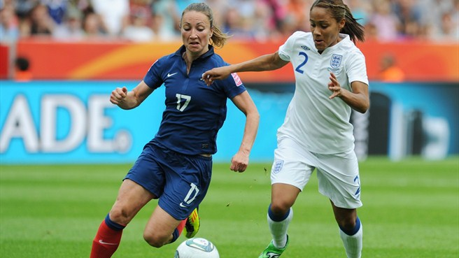 Gaëtane Thiney (France) and Alex Scott (England)