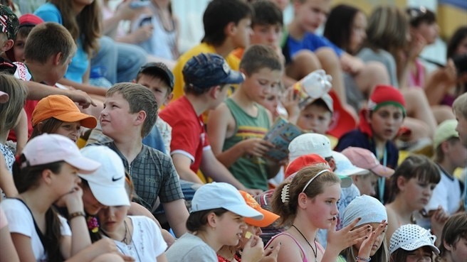 Belarus raises the bar with record crowds