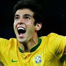 صور لاعبين منتخب البرازيل .... 429702_MEDIUMSQUARE