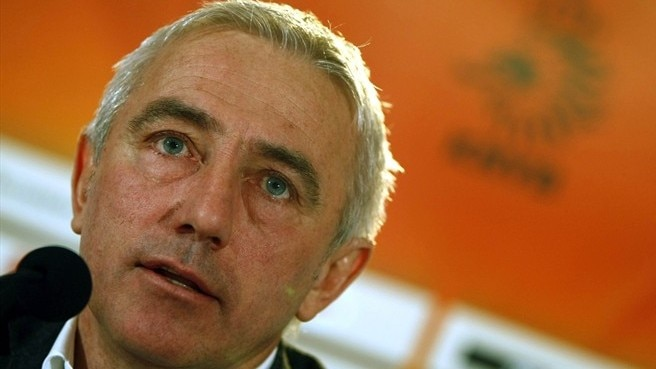 Van Marwijk at ease with Dutch expectation