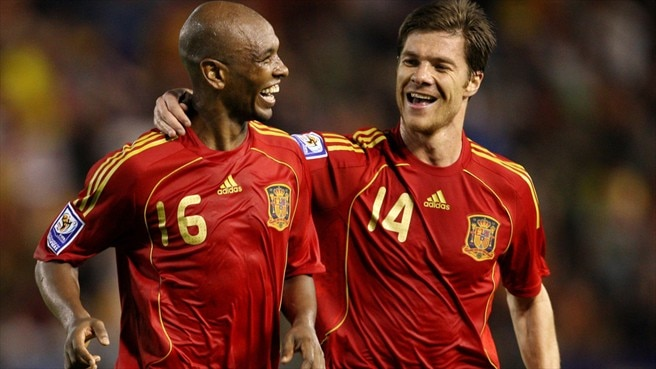 Marcos Senna & Xabi Alonso (Spain)