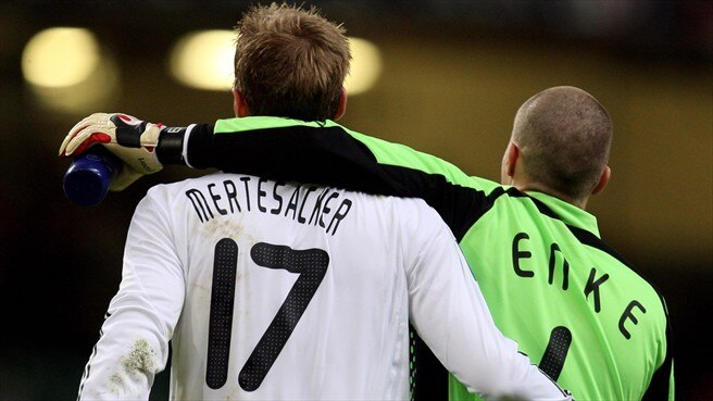 Per Mertesacker & Robert Enke (German Football Association)