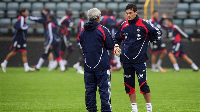 Hugo Lloris & Raymond Domenech (France)