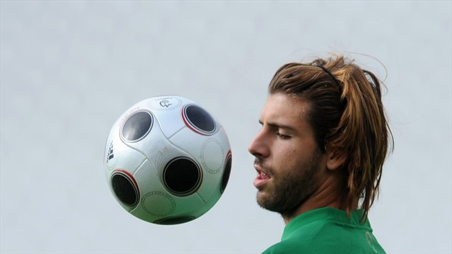 Miguel Veloso (Portuguese Football Federation)