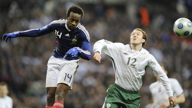 Sidney Govou (France) & Aiden McGeady (Republic of Ireland)