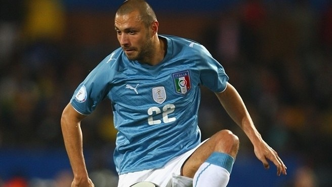 Napoli sign Dossena from Liverpool