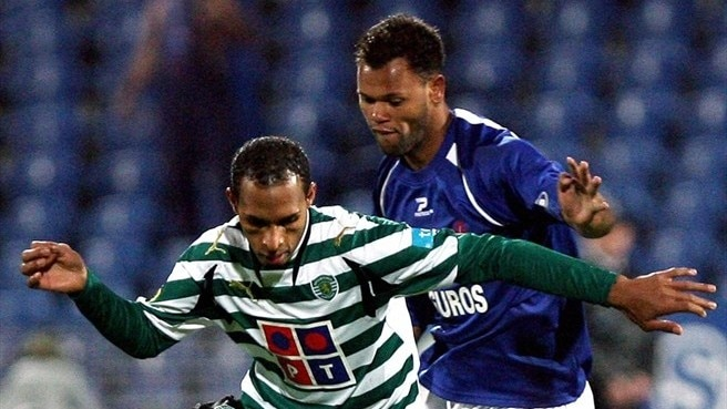 Porto lure Rolando away from Lisbon