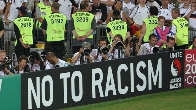 Stewards to counter intolerance at EURO
