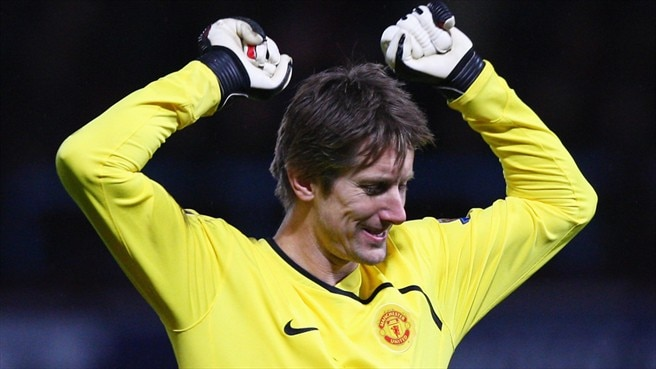 Record holder Verlinden salutes Van der Sar