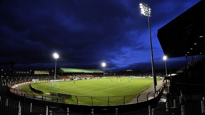 Glentoran turn to old and Young