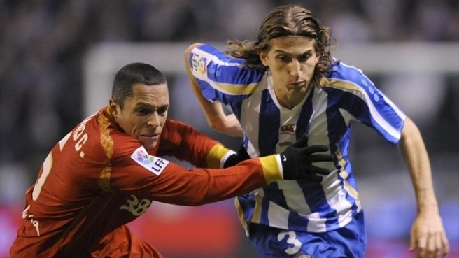 Holders Atlético strengthen with Filipe Luís