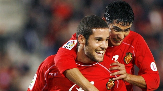 Atlético re-sign Suárez from Mallorca